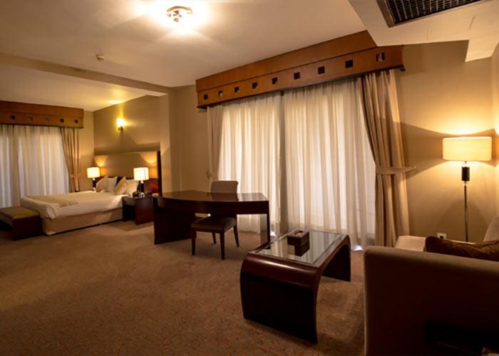هتل پارینا پارک کیش