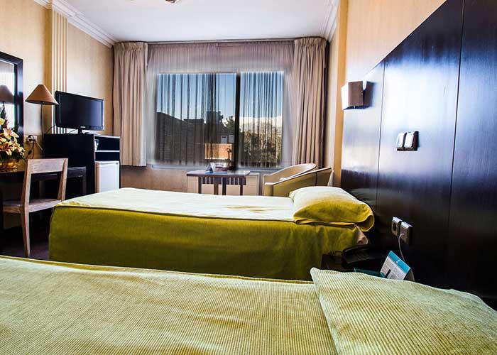اتاق هتل مشهد تهران