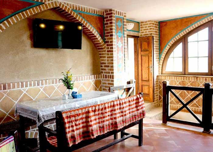 میز چایخانه سنتی کمپ متین آباد