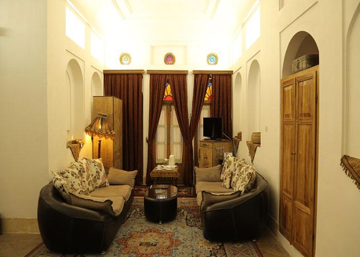 اتاق هتل سنتی مهر یزد