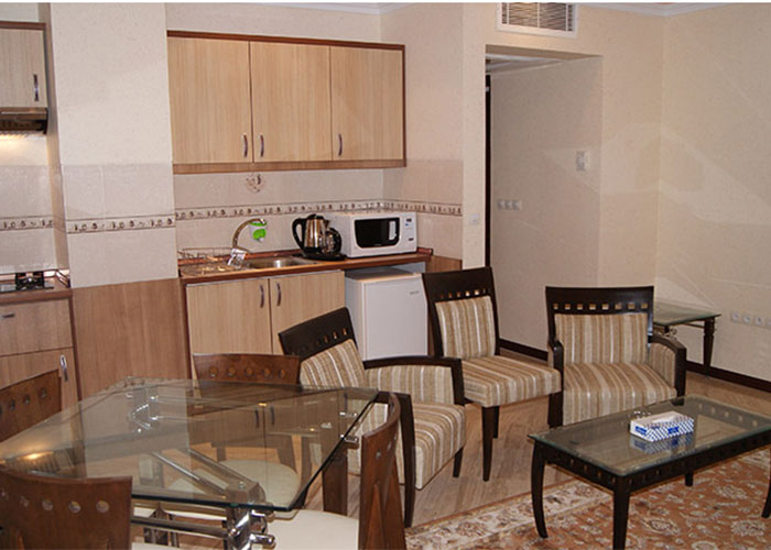سوئیت هتل مهرگان تهران