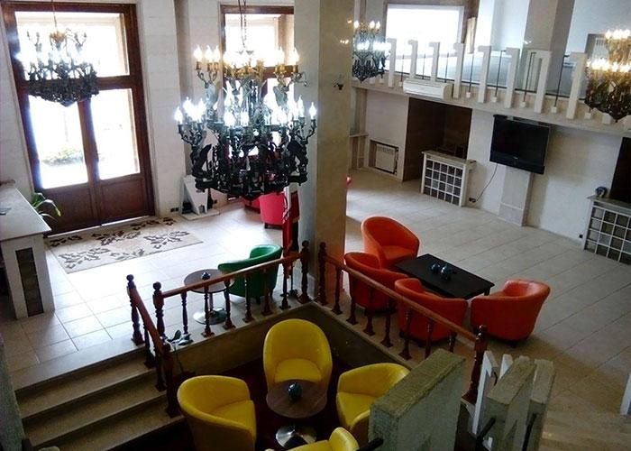 هتل آپارتمان ملل بندرانزلی