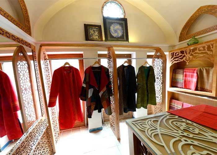 فروشگاه اقامتگاه سنتی مهینستان راهب کاشان