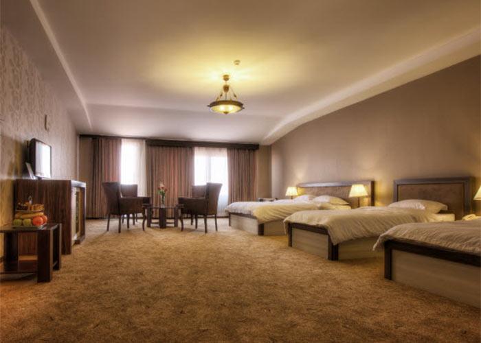 هتل معین فومن