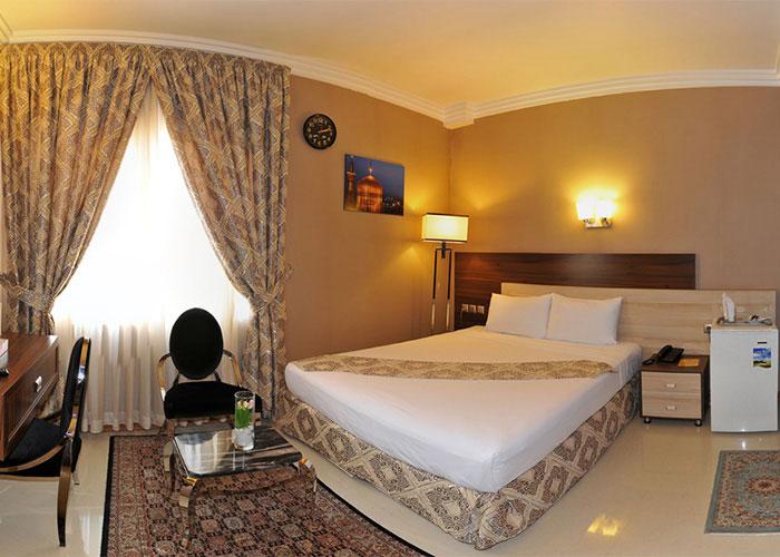 اتاق دو تخته دبل هتل منجی مشهد
