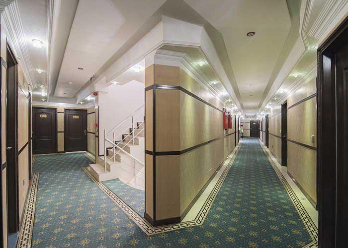 راهرو هتل مروارید تهران