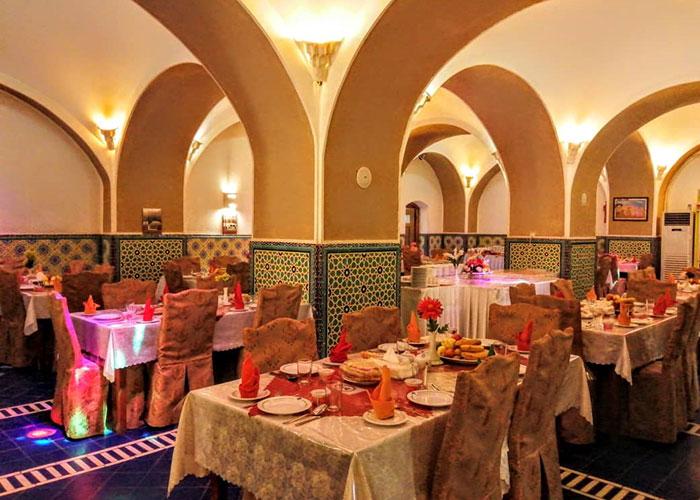 عکس رستوران هتل کاروانسرای مشیر یزد