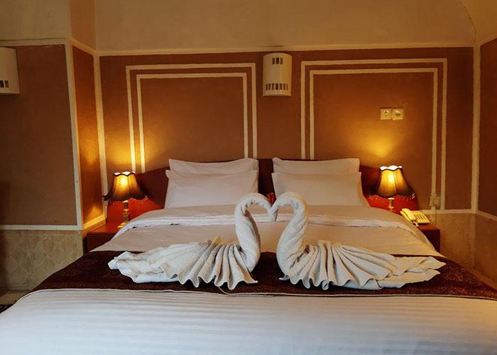 عکس اتاق هتل کاروانسرای مشیر