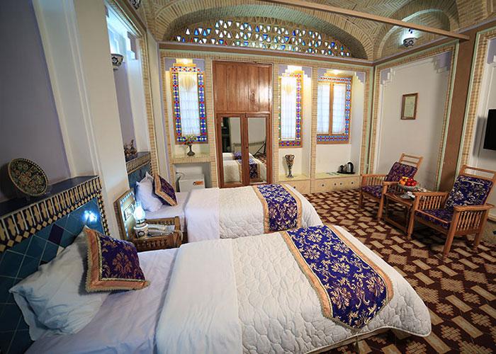 هتل مشیر الممالک یزد
