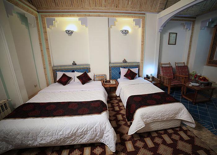 سه تخته هتل باغ مشیر الممالک