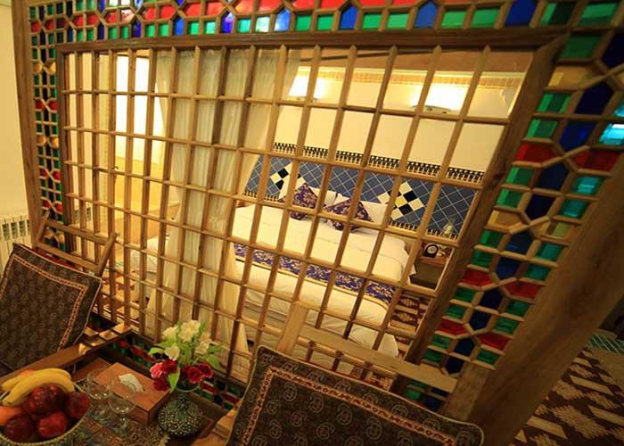 عکس سوئیت هتل باغ مشیر الممالک یزد