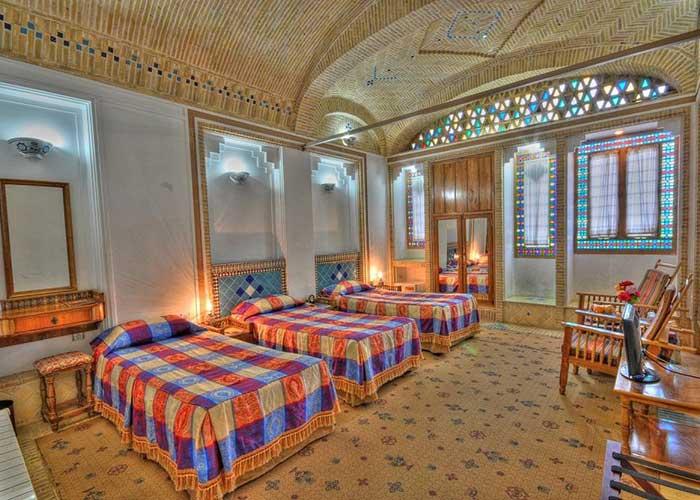 تصاویر سه تخته هتل باغ مشیر الممالک یزد