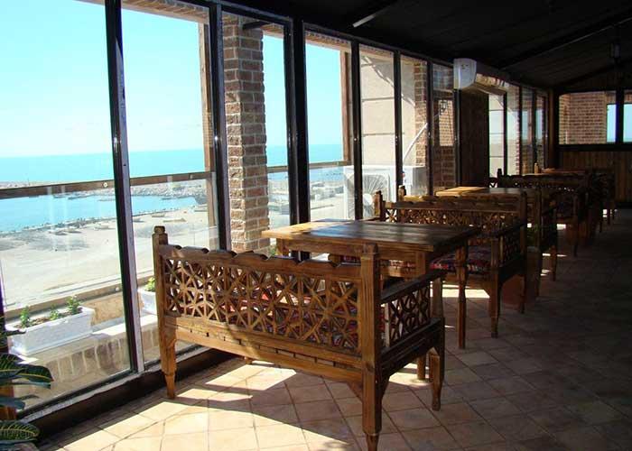 کافی شاپ هتل ناکو بوشهر