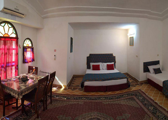 سه تخته هتل سنتی نگین کاشان