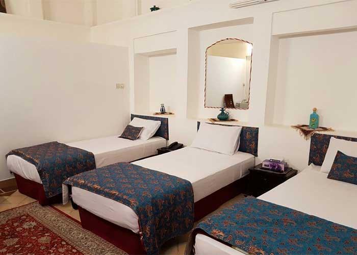 سه تخته هتل نگین کاشان