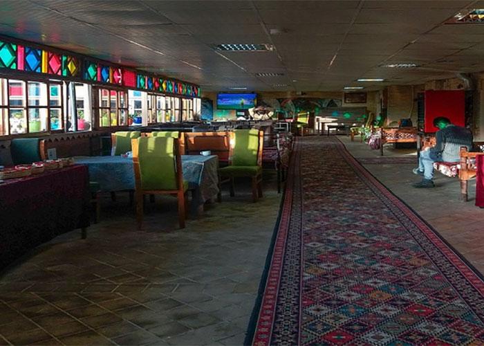 رستوران هتل سنتی نیایش شیراز