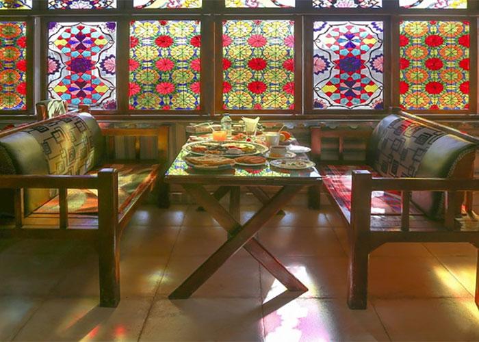 رستوران هتل سنتی نیایش