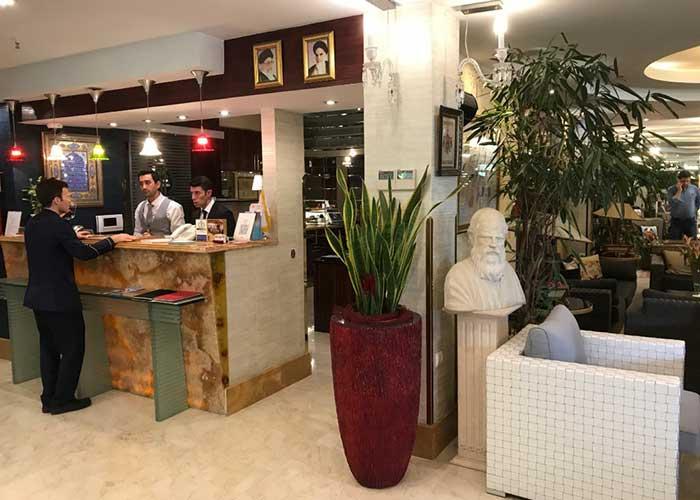 پذیرش هتل نیلو تهران