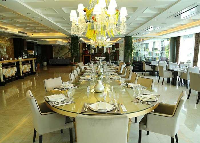 میز رستوران هتل نیلو تهران