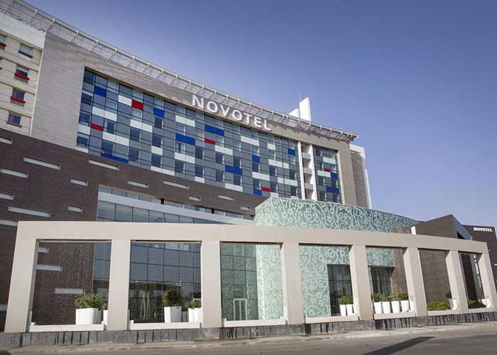 ساختمان هتل نووتل تهران
