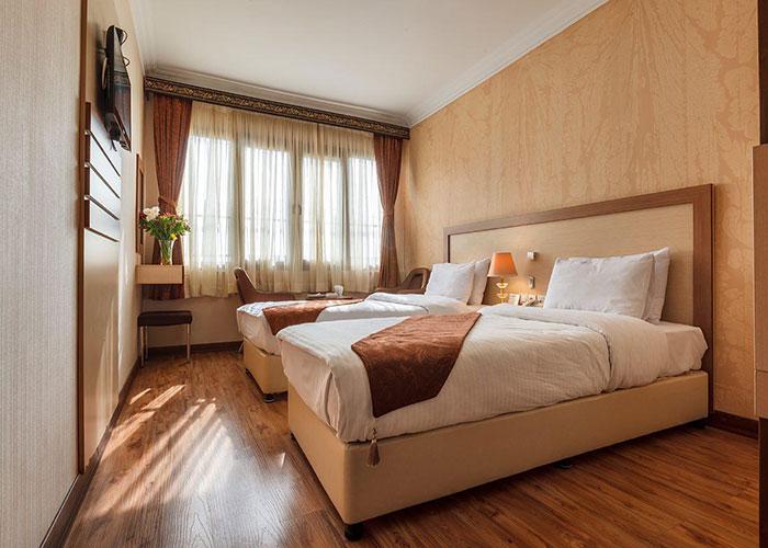 دو تخته توئین هتل پامچال تهران