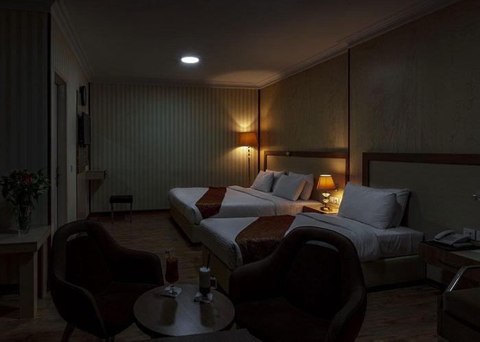 سه تخته هتل پامچال تهران