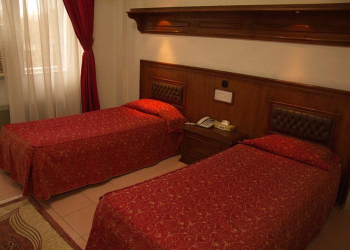 دو تخته توئین هتل پارک شیراز