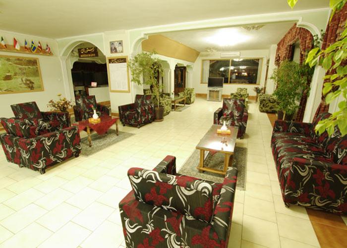 عکس لابی هتل پارک شیراز