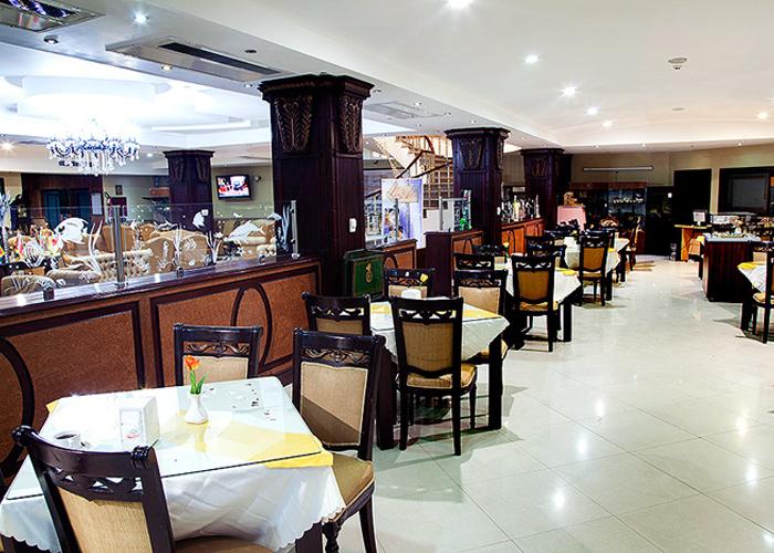رستوران هتل پارک ارومیه