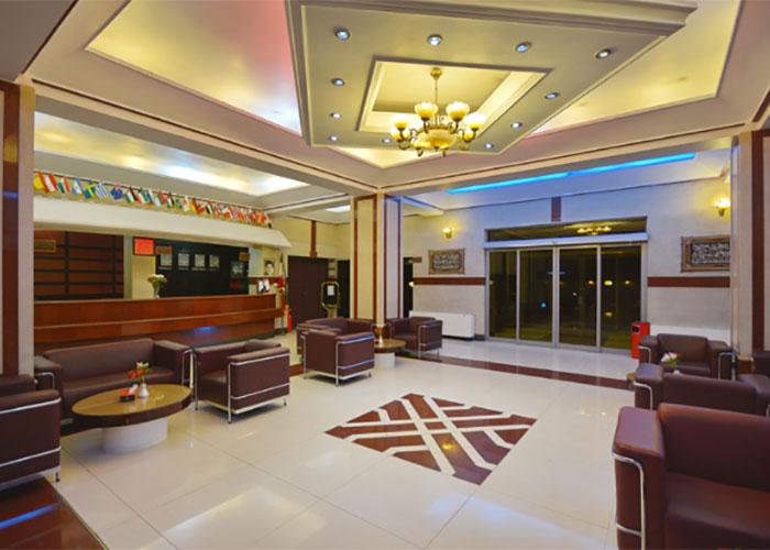 ورودی هتل پارک سعدی شیراز