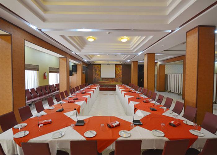 سالن همایش هتل پارک سعدی شیراز