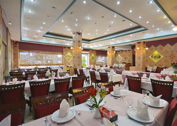 میز رستوران هتل پارک سعدی شیراز
