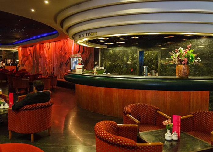 کافه آبشار هتل پارس شیراز