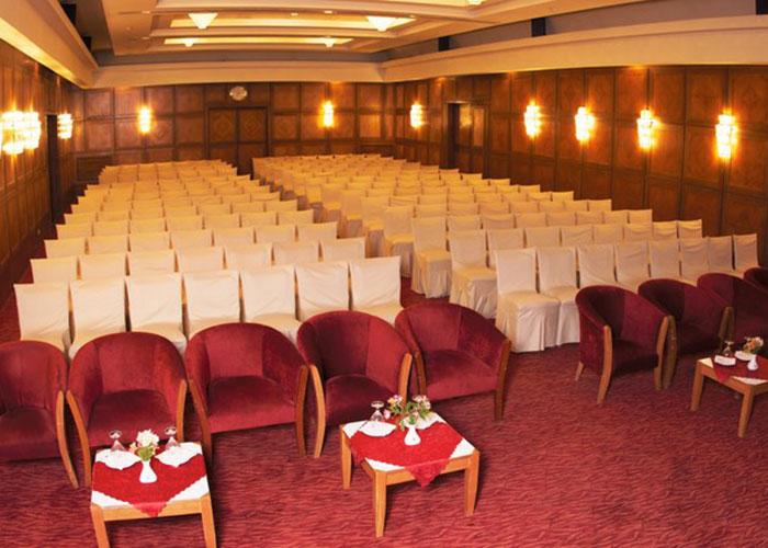 سالن زمرد هتل پارس شیراز