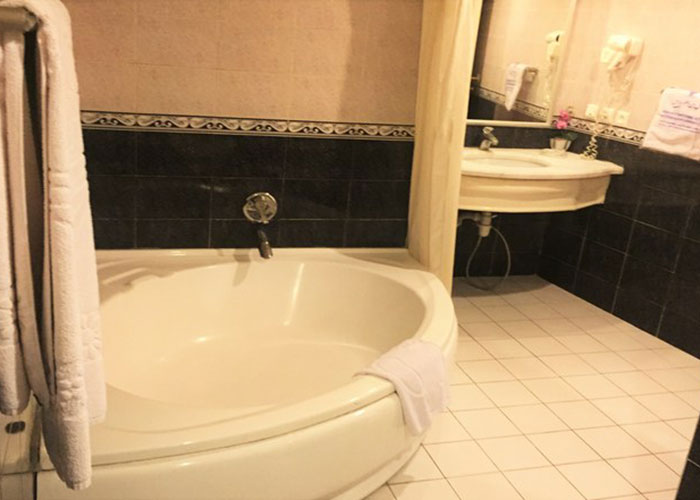 سرویس بهداشتی هتل پارس شیراز