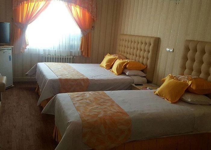عکس اتاق سه تخته هتل پارسه
