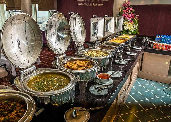 بوفه نهار و شام هتل آزادی تهران