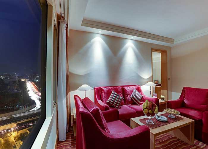 مبلمان سوئیت جونیور هتل آزادی تهران
