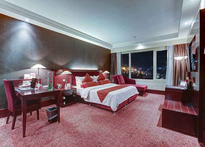 فضای سوئیت رویال هتل آزادی تهران