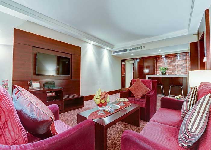 مبلمان سوئیت رویال هتل آزادی تهران