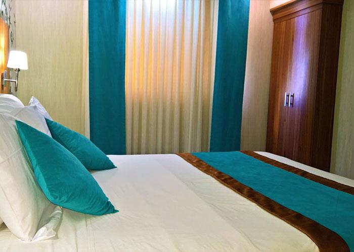 اتاق دو تخته دبل هتل پارسیان شیراز
