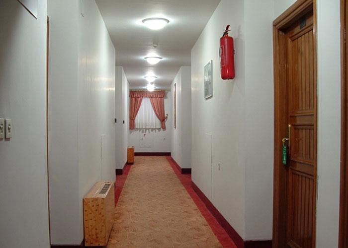 راهرو هتل پارسیان شیراز