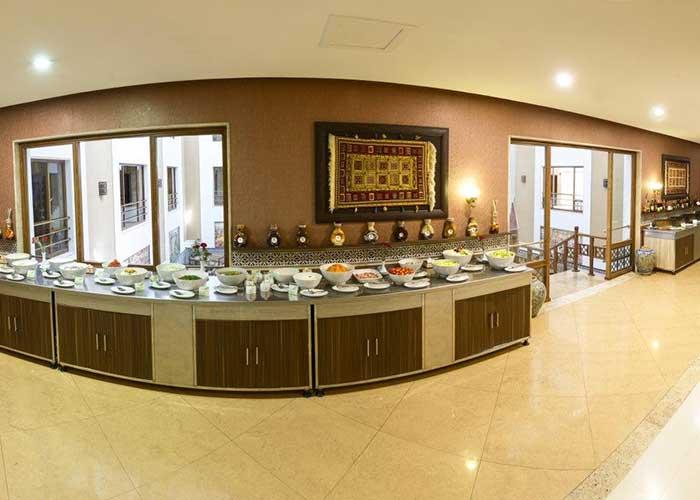 بوفه رستوران هتل صفائیه یزد
