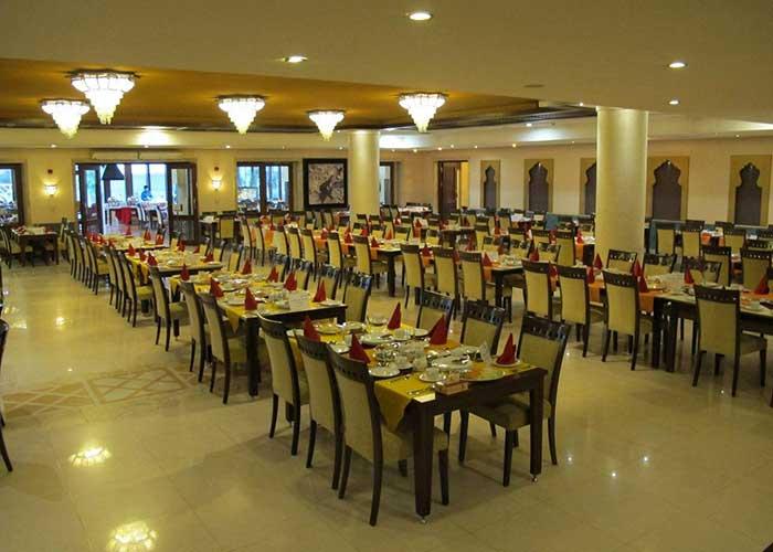رستوران هتل صفائیه یزد