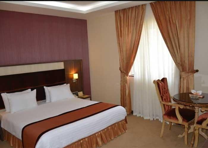 دو تخته دبل هتل پارسیان سوئیت