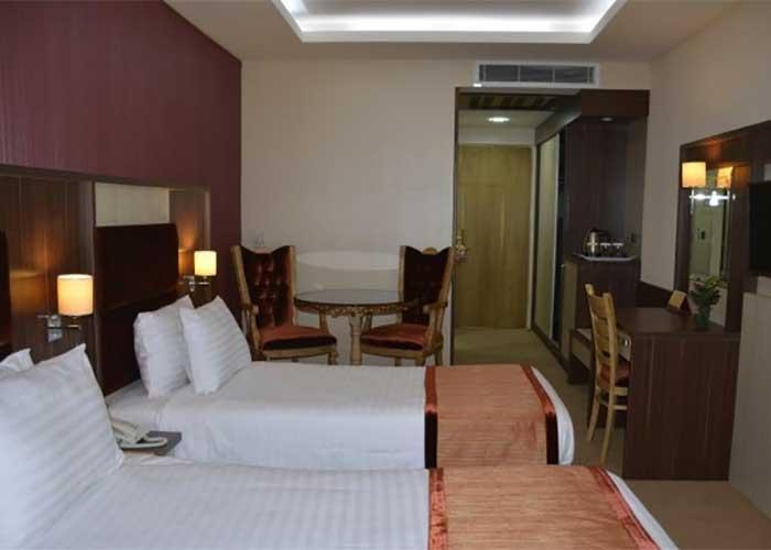 دو تخته توئین هتل سوئیت