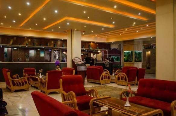لابی هتل پارسیان سوئیت اصفهان