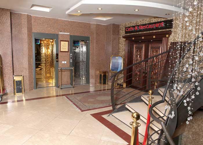 آسانسور هتل پارت اصفهان