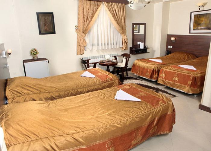 اتاق چهار تخته هتل پارت اصفهان