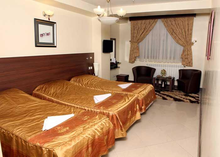 اتاق سه تخته هتل پارت اصفهان